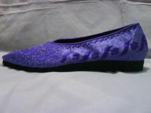sepatu-bordir-melati-ungu