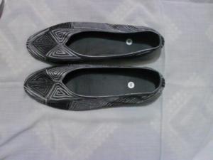 sepatu-bordir-stick-abu-2